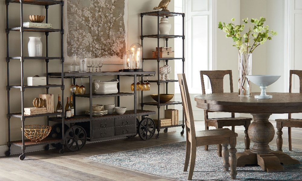 Industrial Farmhouse Dining Room Decor