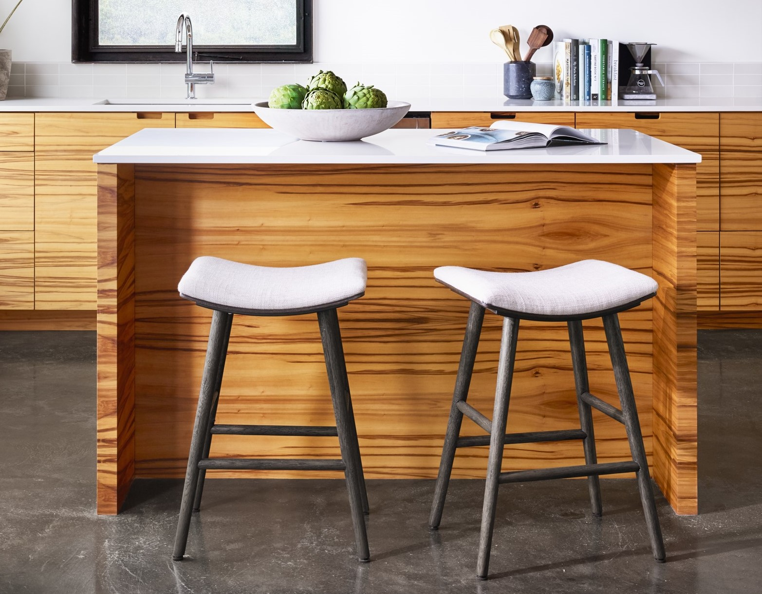 Picture of: A Guide To Buy Counter And Bar Stools Zin Home